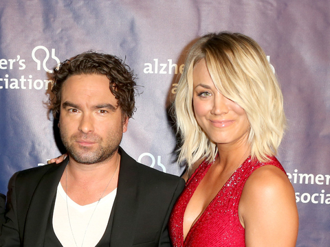Kaley Cuoco Nailed It With Her Red Hot Fit Figure At Alzheimers