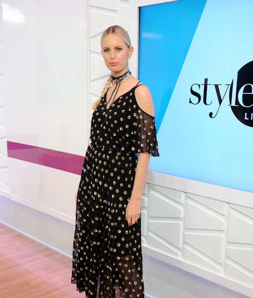 Karolina Kurkova on Public Breastfeeding Controversy: 'It's a Beautiful Thing'