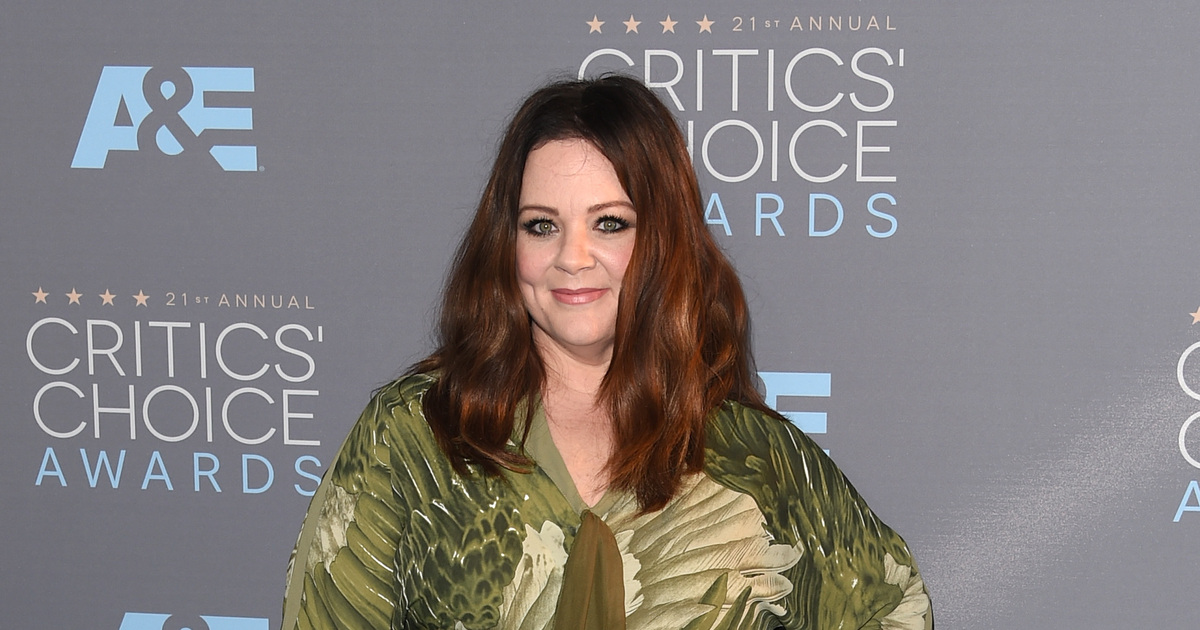Melissa McCarthy Joins Gilmore Girls Revival Im Very Happy to