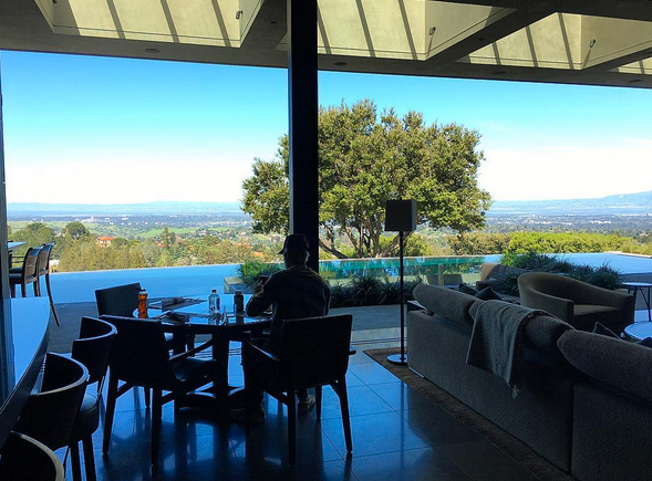 See the $10K-Per-Night AirBNB Where Justin Bieber & Beyoncé Stay