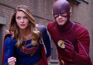 Get a Behind-the-Scenes Look at the 'Supergirl'/'Flash' Crossover…