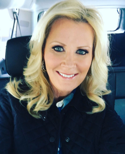Sandra Lee Returns to Work Following Battle with Breast Cancer