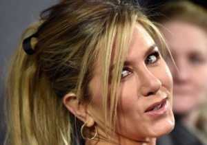 Jennifer Aniston's Juicy 'Mother's Day' Interview!