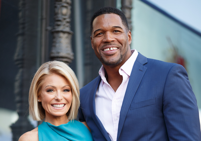 Inside 'Live!' Taping: Kelly Ripa & Michael Strahan Seemed Happy to Be at Work
