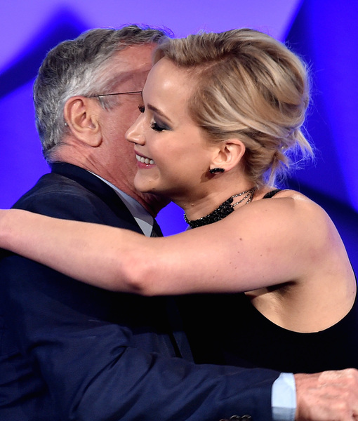 Jennifer Lawrence Praises Robert De Niro, De Niro Slams Trump at GLAAD Awards