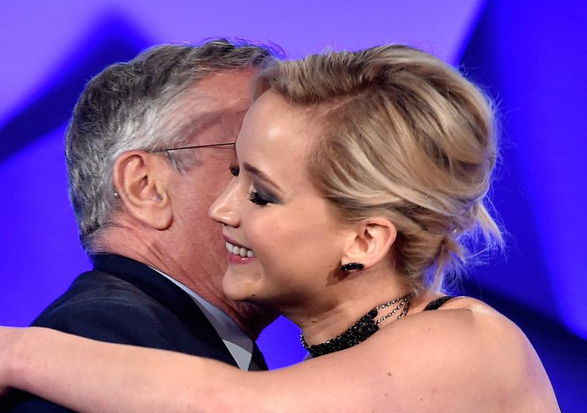 Jennifer Lawrence Praises Robert De Niro, De Niro Slams Trump at GLAAD Awards