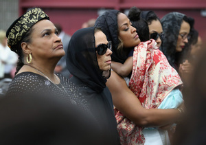 Muhammad Ali's Widow and Ex Wives Come Together to Say Goodbye to the Greatest