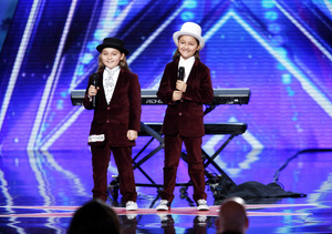 Exclusive Clip! Are These Twins 'AGT's' Most Adorable Contestants Yet?
