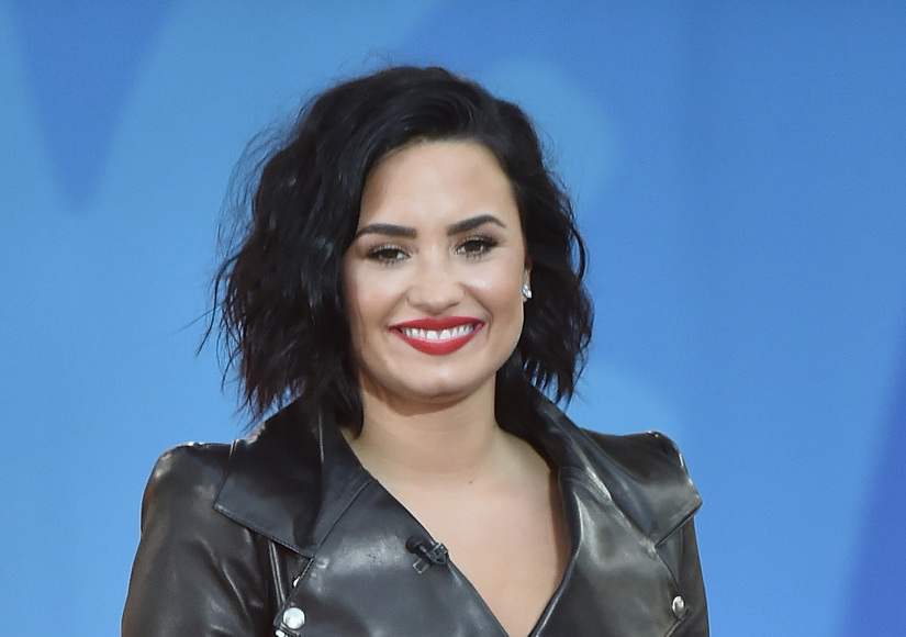 Why Demi Lovato Just Quit Instagram and Twitter
