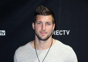 How Tim Tebow Helped Panicked Passengers During Plane Emergency