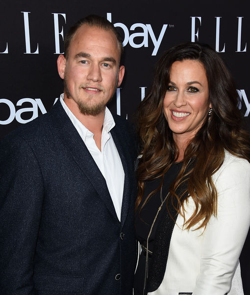 Alanis Morissette Welcomes Daughter Onyx Solace