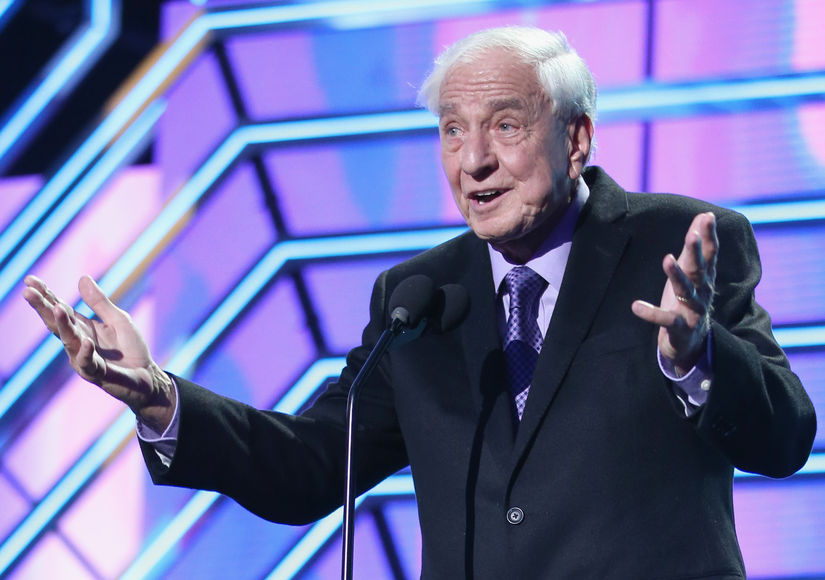 'Happy Days' Creator, 'Pretty Woman' Director Garry Marshall Dead at 81 — Stars React