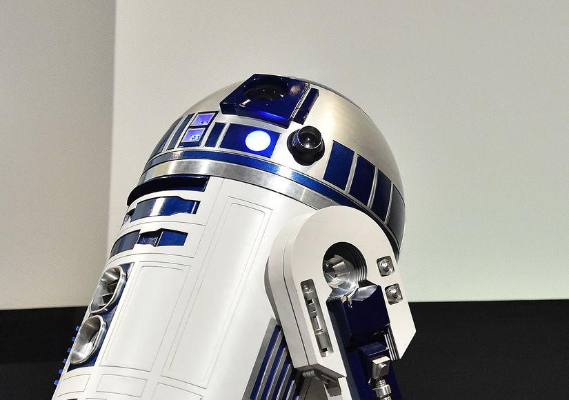R2-D2 Actor Kenny Baker Dead at 83