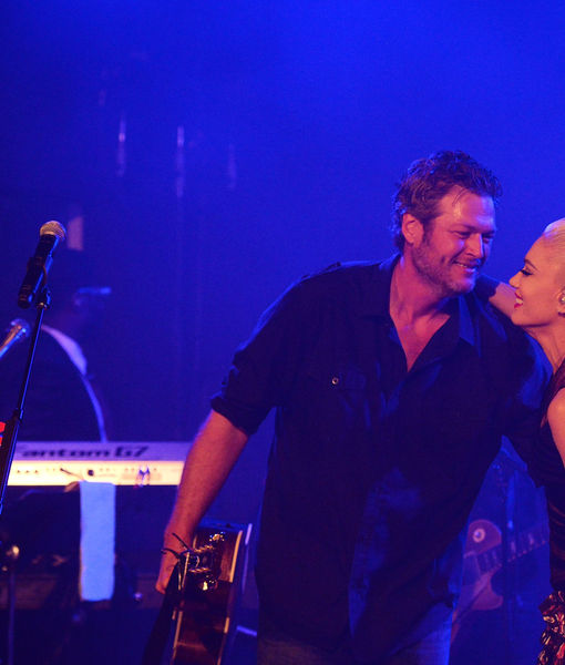 Gwen & Blake's Hamptons PDA Fest as Miranda Lambert Announces Surprise…