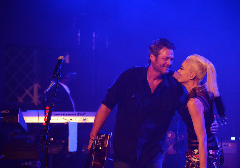 Gwen & Blake's Hamptons PDA Fest as Miranda Lambert Announces Surprise 'Engagement'