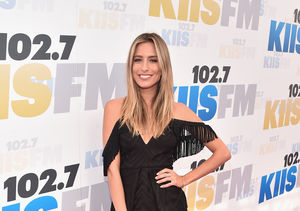 Renee Bargh's Effortlessly Chic Style – See What's Inside Her Closet!