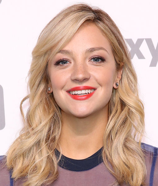 Abby Elliott of 'Odd Mom Out' Got Married!