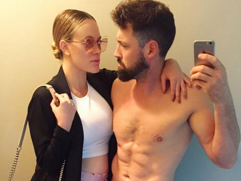 'DWTS' Pro Peta Murgatroyd Shows Off Baby Bump and Opens Up About Mommyhood