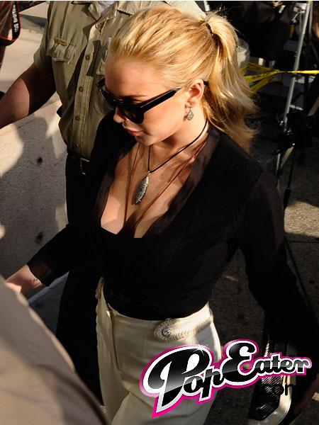 Lindsay-Lohan-pop.jpg