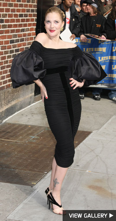 Drew Barrymore at the late show with david letterman giambattista valli dress puffy sleeves