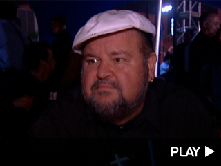Dom DeLuise talks to 'Extra'