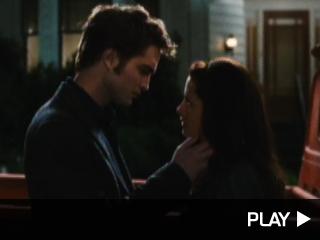 Robert Pattinson and Kristen Stewart New Moon trailer