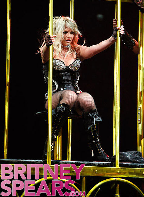 britney takes the circus to london