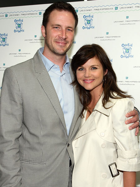 tiffani thiessen and husband