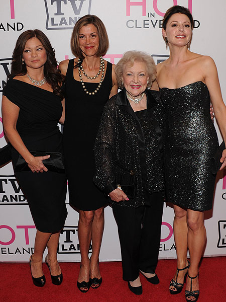valerie bertinelli wendie malick betty white and jane leeves