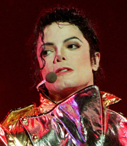 Michael Jackson autopsy expected Friday