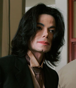Jackson family staged an intervention for Michael in 2006