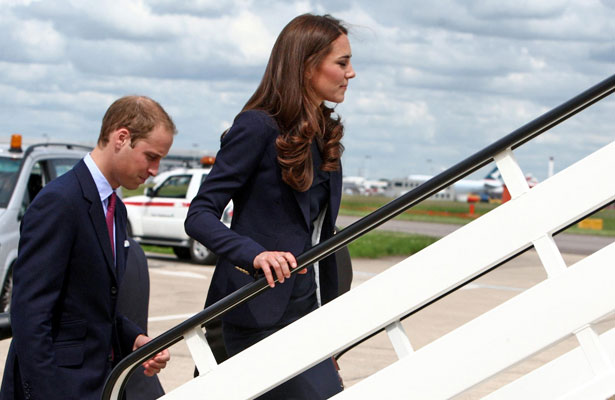 william-kate-plane.jpg
