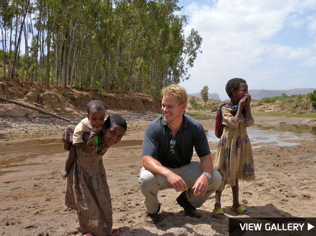 Matt Damon gives back in Africa