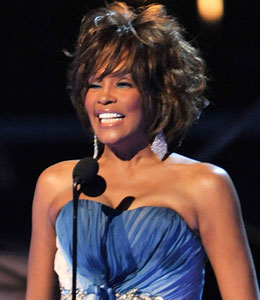 'Extra' is one-on-one with Whitney Houston