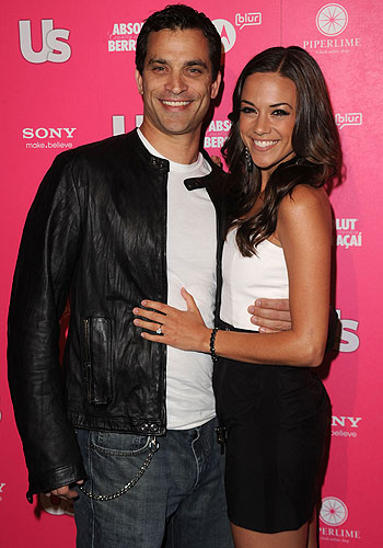 Johnathan Schaech and Jana Kramer