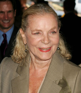 Hollywood legend Lauren Bacall will receive an Honorary Award from the Academy of Motion Picture Arts and Sciences.