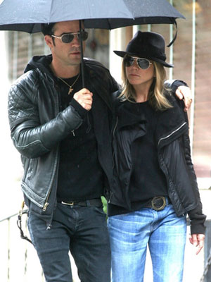 aniston-theroux-a.jpg