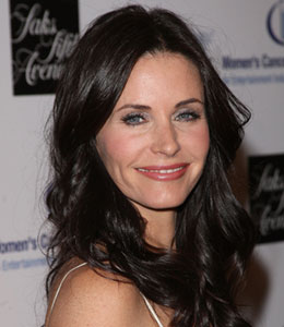 Courteney Cox returns to 'Cougar Town'