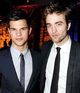 Robert Pattinson and Taylor Lautner pucker up?!