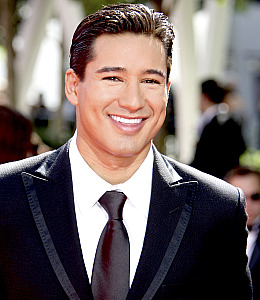 Mario Lopez Saturday Night Live Extra