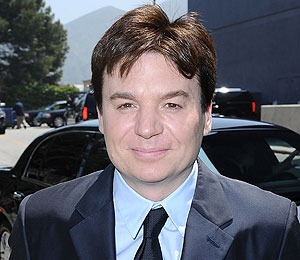 Extra Scoop: Mike Myers Secretly Weds Longtime Girlfriend