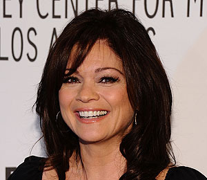 Valerie Bertinelli: 'I'd Love Elton John to Guest Star' on 'Hot in Cleveland'