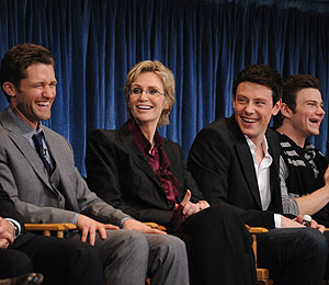 'Extra' Gleeks Out at PaleyFest