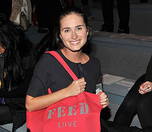 Lauren Bush Talks to 'Extra' About Feeding Our Small World