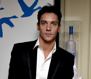 Report: Jonathan Rhys Meyers Attempts Suicide