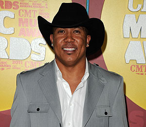 Hines Ward Booked on DUI Charge