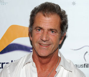 Extra Scoop: Mel Gibson and Wife Robyn Reunite for Good Cause