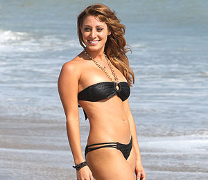 Pic! Vienna Girardi's Bikini Bod, and New Nose