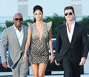 Extra Scoop: 'The X Factor' Recap: Judges Pick the Final 17