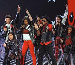 Extra Scoop: 'X Factor' Recap: Top 12 Perform